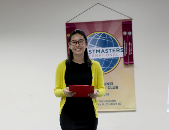 TM Lam Vui Ting as our Toastmaster of the Evening
